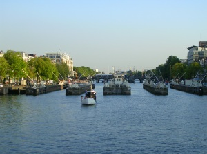 Canal Ring